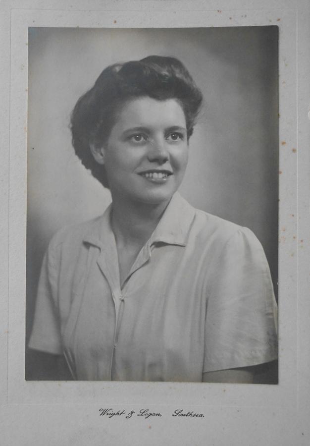 DSCN4094 1941 Myra 20
